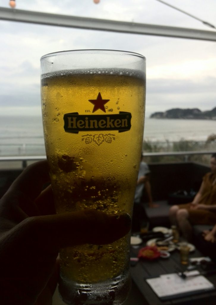 POST by HONEYで乾杯のビール