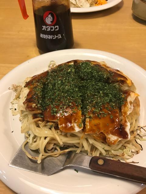 広島お好み焼き「ひろしま鉄ちゃん」のぶちうまスペシャル