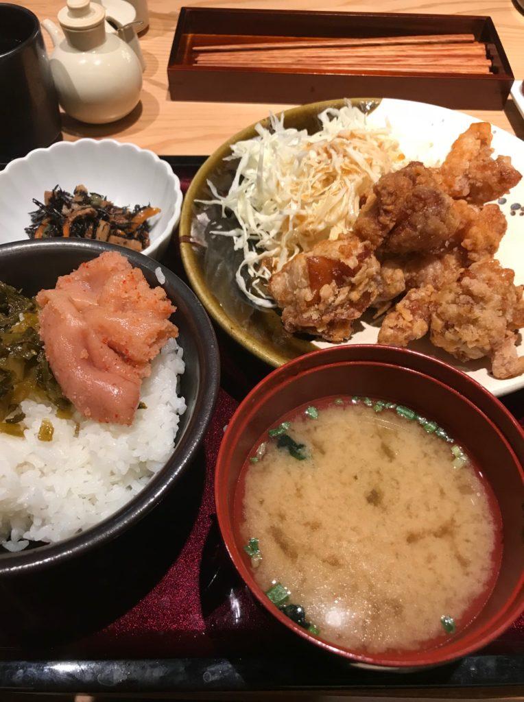 レストラン・やまやの唐揚げ定食