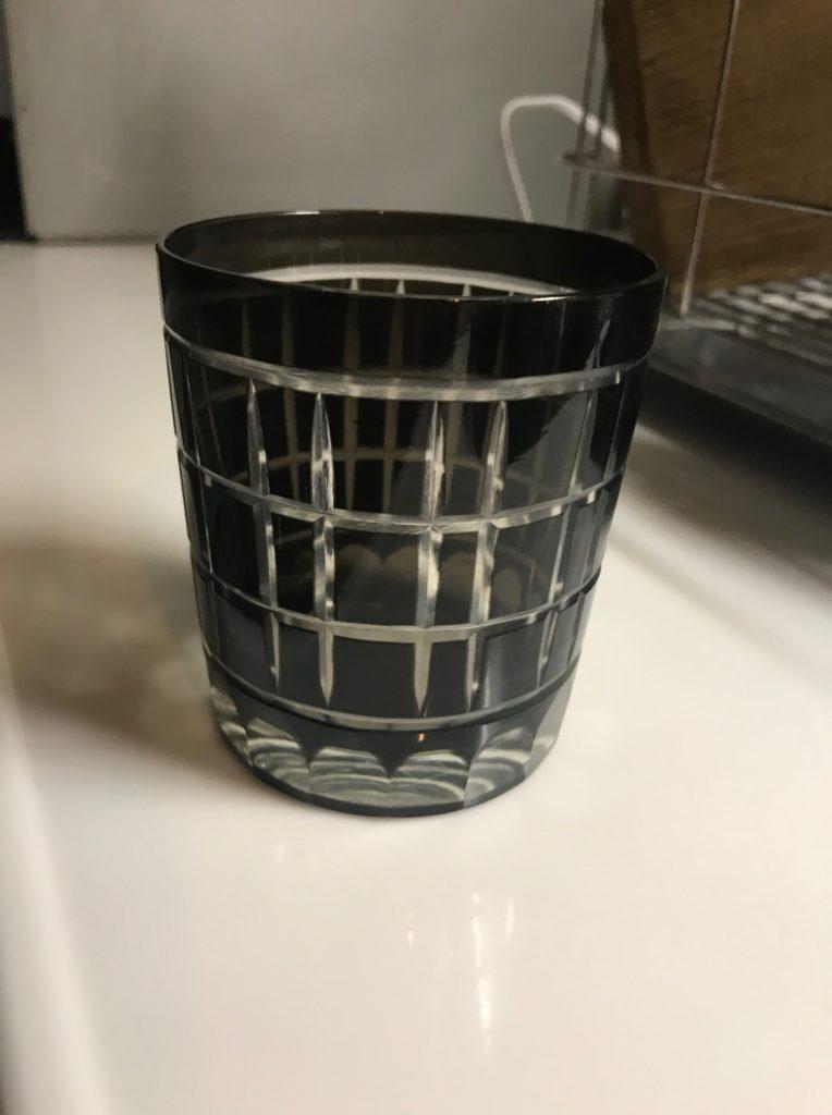 水割りのときのウイスキーグラス